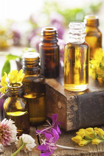 How to Get Rid of Pimples With the Help of Essential Oils