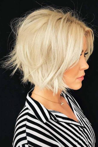 Stylish Hairstyles for Medium Length Hair picture 6