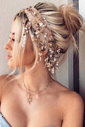 Stylish Hairstyles for Medium Length Hair picture 4