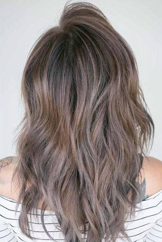Stylish Hairstyles for Medium Length Hair picture 2