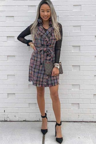 PLaid Dress Date Night Outfit Idea #plaiddress
