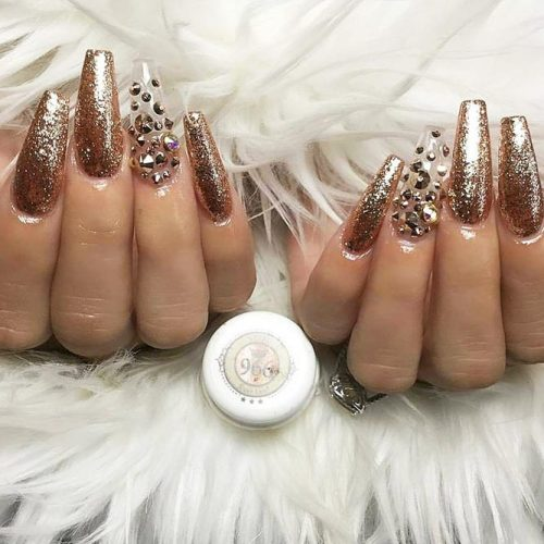 Cute Shimmer Nails for Any Occasion Picture 4