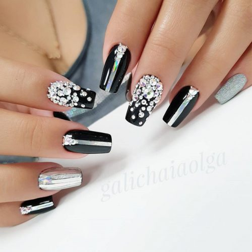 Awesome Sparkly Designs for Natural Nails picture 4