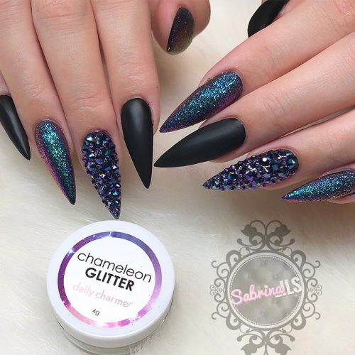 Sparkly Fall Nail Designs for a Stiletto Shape Picture 1