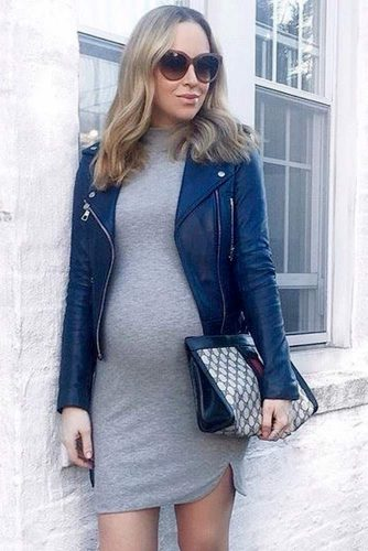 Elegant Dresses for Expectant Mothers picture 6