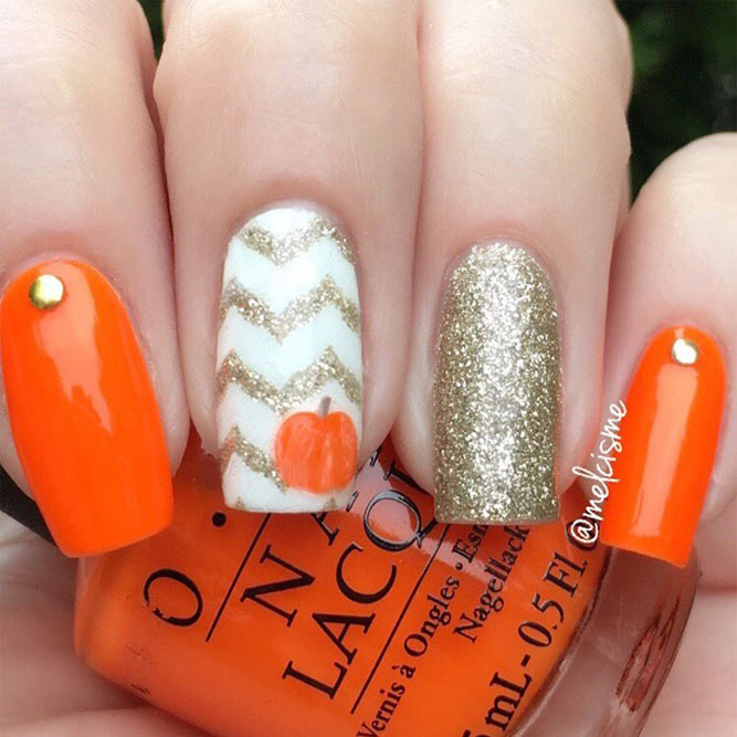 Cute Fall Nails Designs with Pumpkins picture 1