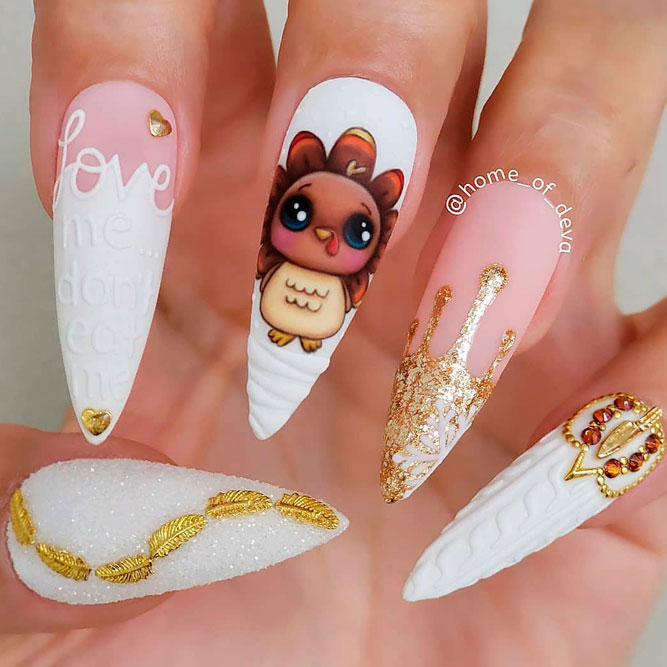 Cute Turkey Nail Art ddesign #handpaintednails #rhinestonesnails #mattenails