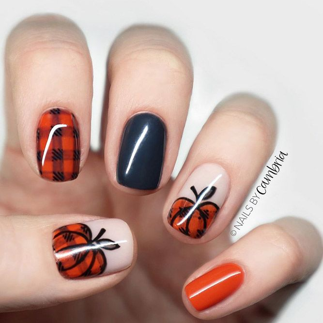 Plaid Pumpkin Nail Art #plaidnails