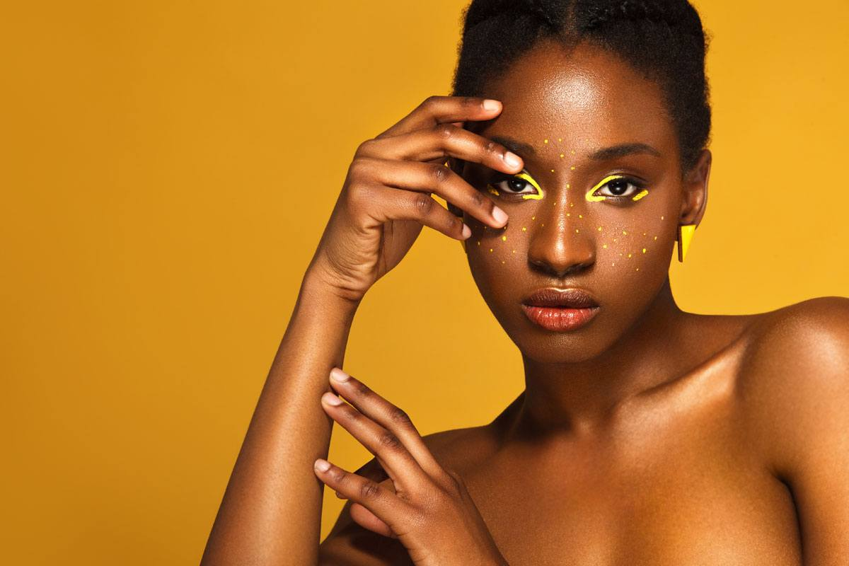 Queen Collection Make up for Darker Skin Tones
