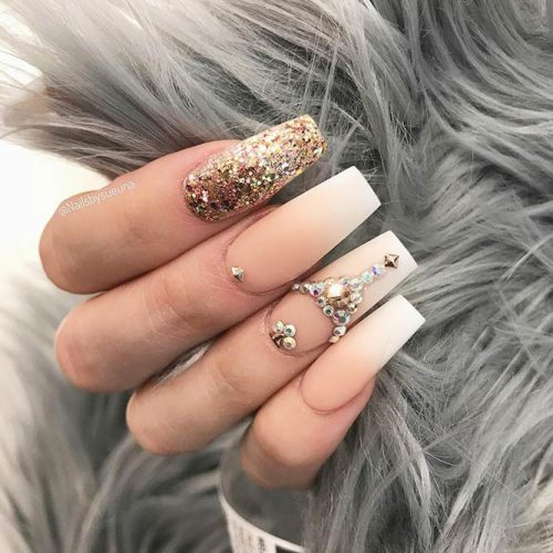 Matte Coffin Nails Design for Beautiful Look Picture 3