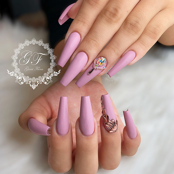 Matte Coffin Nails Design for Beautiful Look Picure 2
