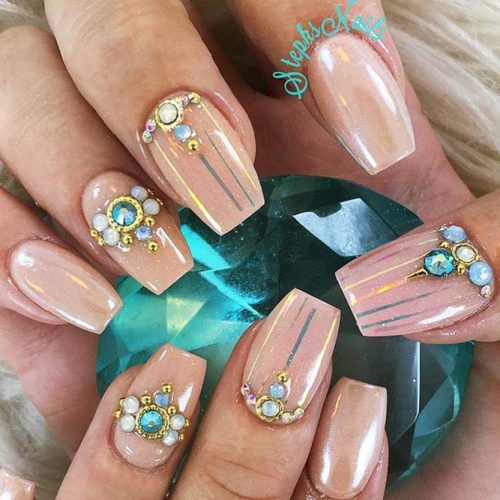 Short Coffin Nail Ideas Picture 2