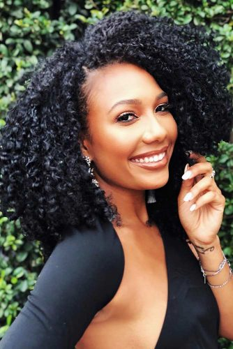 Curly Hairstyles for Medium Hair Picture 3