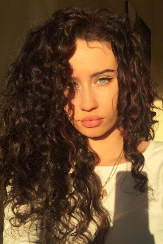 Beautiful Curly Hairstyles with Long Hair Picture 2