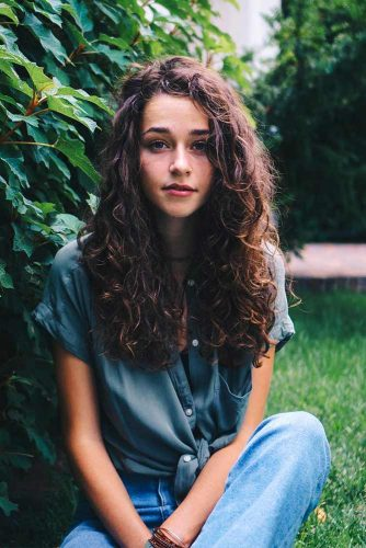 Beautiful Curly Hairstyles with Long Hair Picture 4