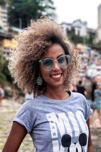 Short Curly Hair Styles Looks Picture 6