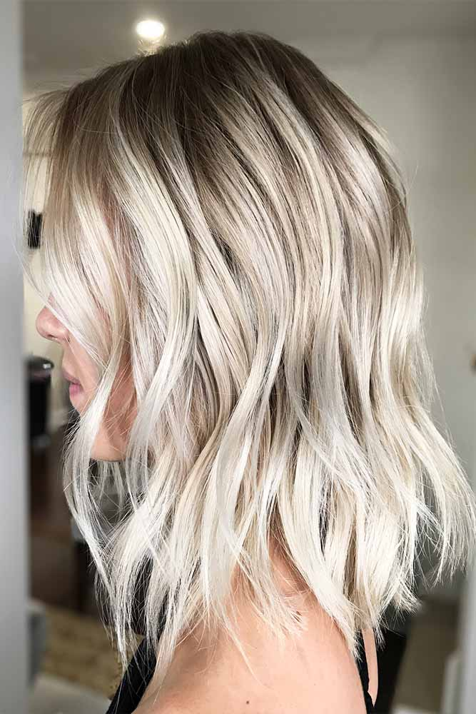 Long Bob Hairstyles with Natural Colors Picture 4