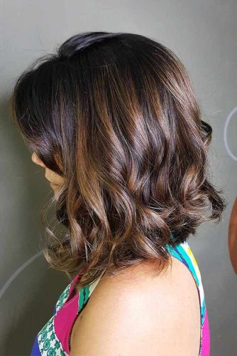 Long Bob Hairstyles with Natural Colors Picture 3