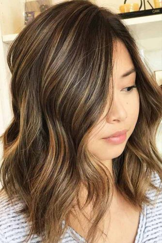 Long Bob Hairstyles with Natural Colors Picture 2