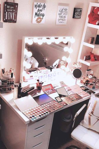 Makeup Vanity Table Designs picture 6