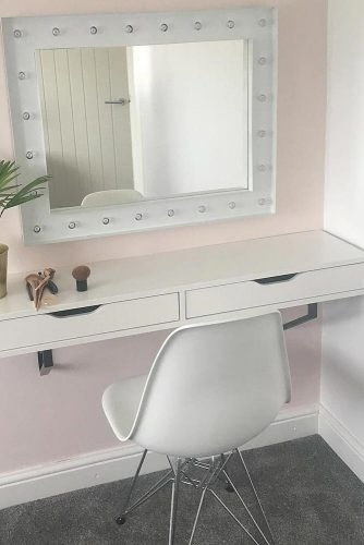 Makeup Vanity Table Designs picture 5