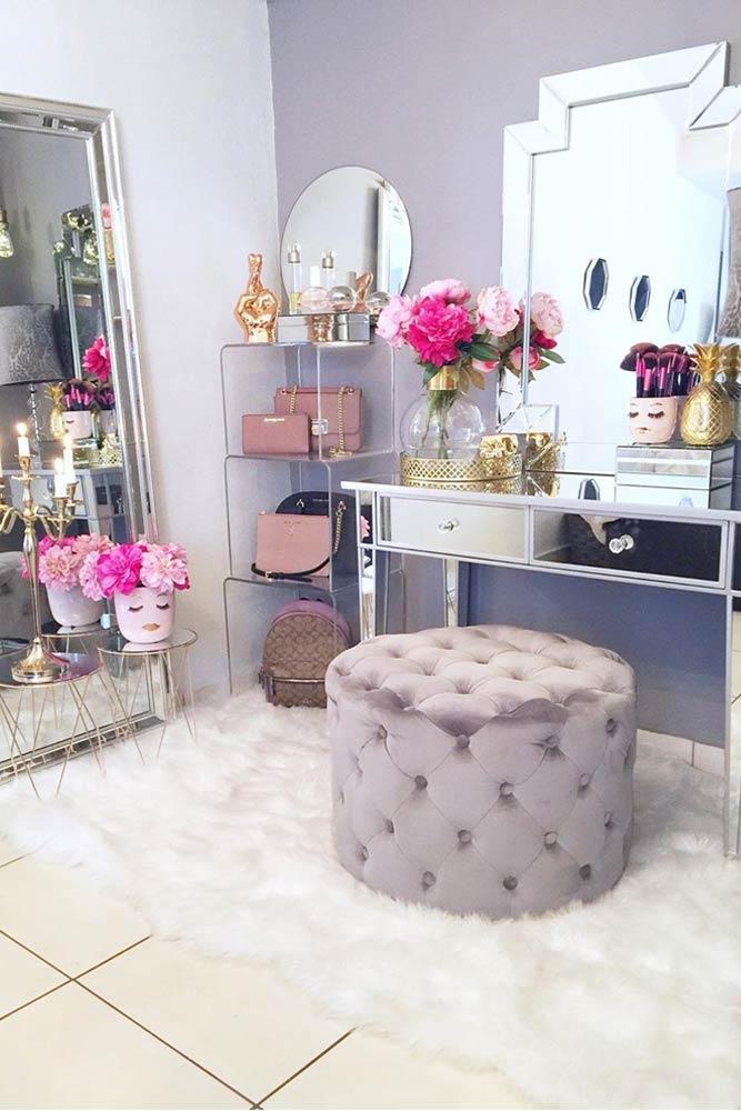 Modern Makeup Vanity Table Organization #shelves #mirrortable