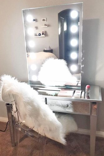 Glam Modern Vanity Table Designs picture 3