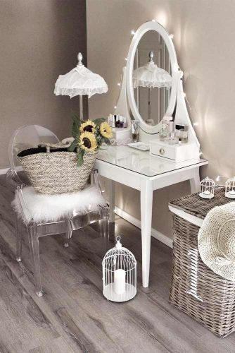 Makeup Vanity Table Designs picture 3