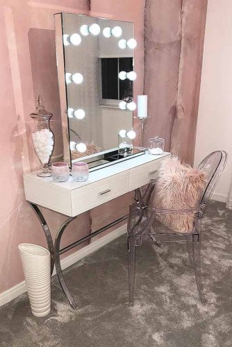 Makeup Vanity Table Designs picture 4