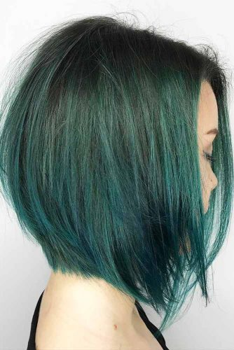 Straight Medium Bob Ideas for Perfect Look Picture 3