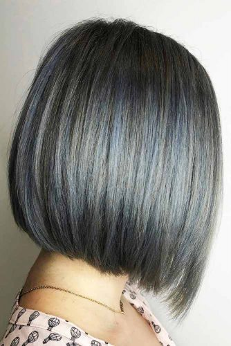 medium-bob-haircut-grey-pastel-straight-hairstyle
