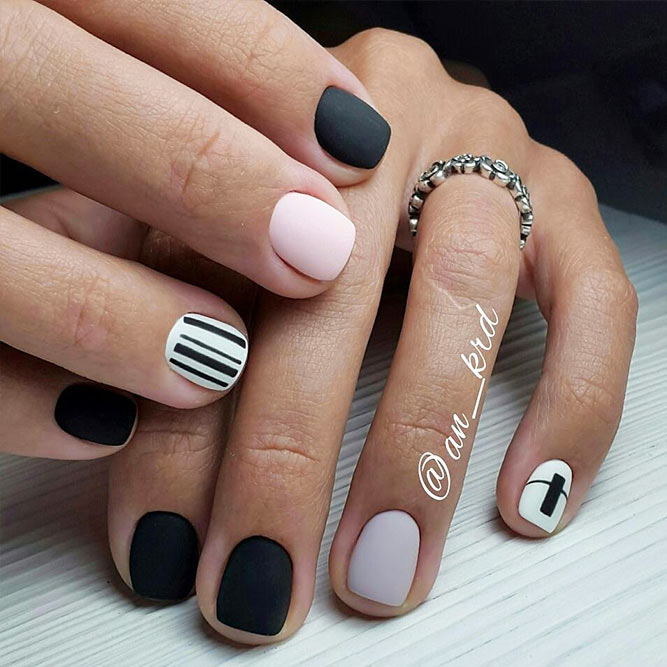 Matte Nails with Pink Shades Picture 5