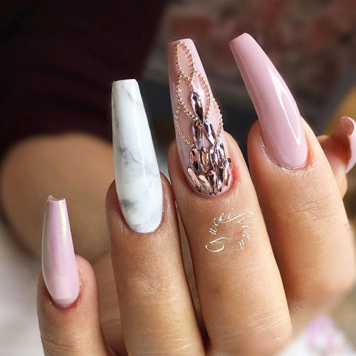 Beautiful Light Pink Nails for Classy Look Picture 4