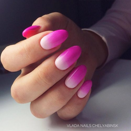 Bright Pink Nails that You Will Want to Try Picture 3