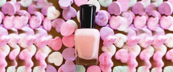 18 Pink and White Nails Designs for a Popular and Classic Mani Look