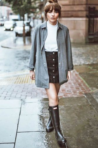 Outfit Ideas with Rain Boots Women Will Really Adore picture 2