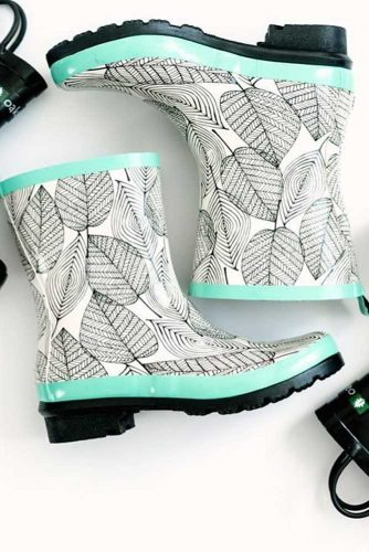 Rubber Rain Boots with Prints picture 4