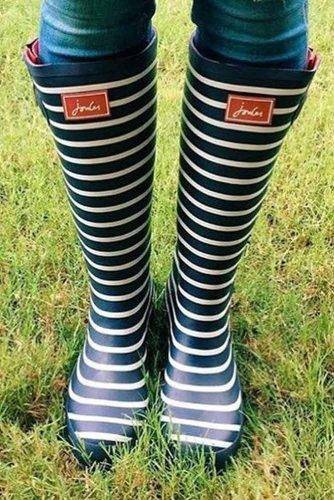 Rubber Rain Boots with Prints picture 2