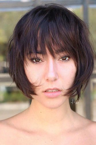 Short Bob Haircuts with Natural Brown Colors Picture 1