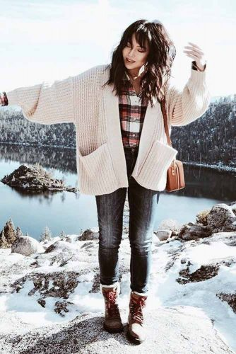 Newest Snow Boots Outfit Ideas picture 4
