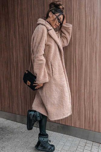 Faux Fur Coat With Snow Boots Outfit #furcoat