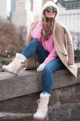 Knitted Sweater With Snow Boots Outfit #hat #sweater