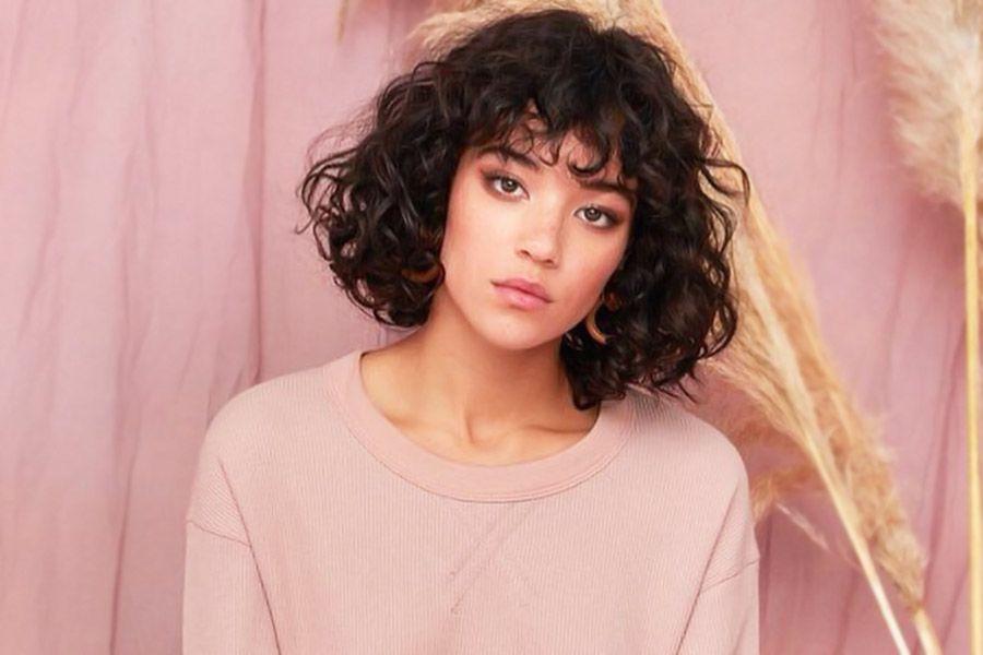 Stylish Short Curly Hair Looks