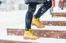 Outfits With Snow Boots: The Key Styles To Invest In This Winter