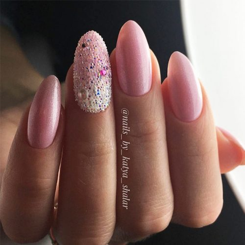 Classy Pink Shades for Winter Nails Picture 2