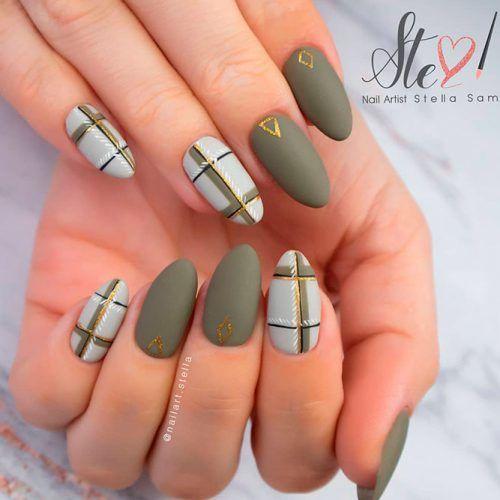 Cozy Matte Olive Nails #mattenails #olivenails #plaidnails