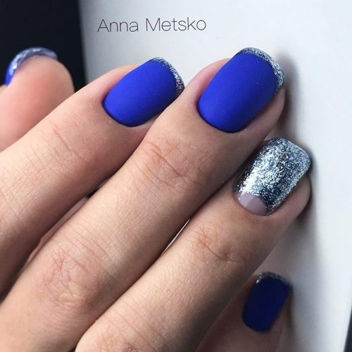 Beautiful Blue Winter Colors for Nails Picture 3