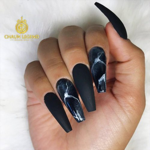 Black Nails with Marble Designs Picture 3
