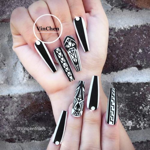 Black Nails with Geometric Designs Picture 1