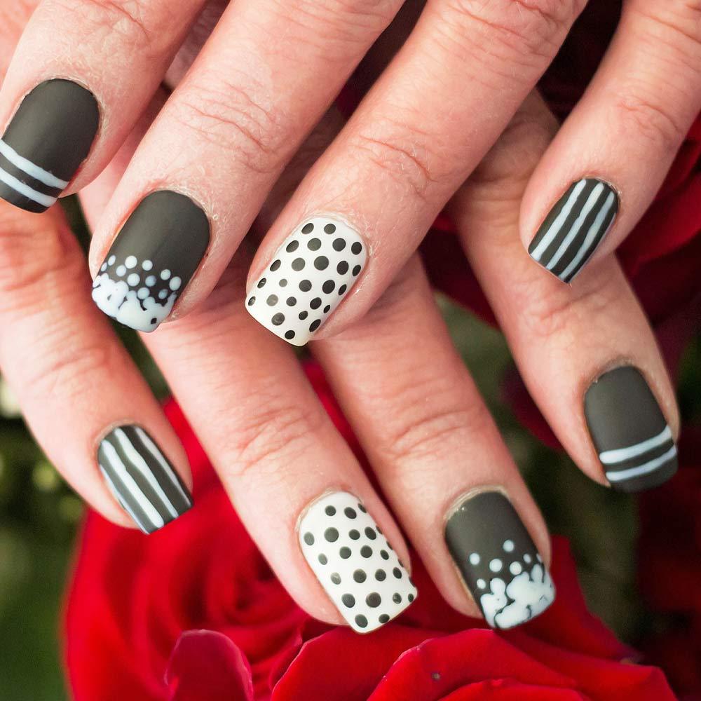 Black and White Matte Nails with Polka Dotska Do